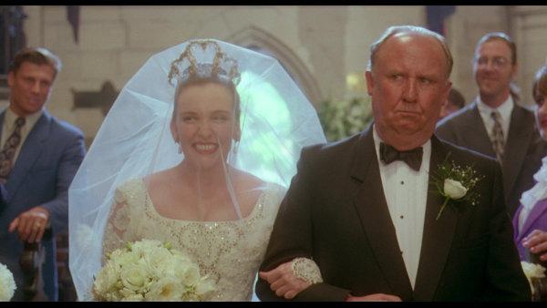 Bruiloft verandert in een orgie